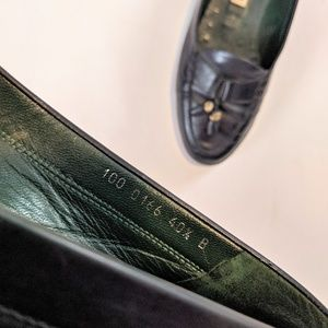 Gucci Shoes - GUCCI Classic Tassel Loafer